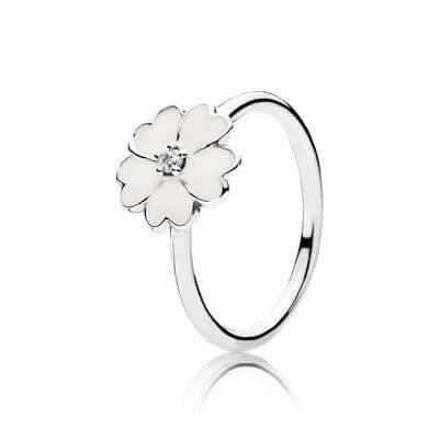 Кольцо «Белая примула»