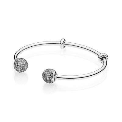 Открытый браслет из серебра Pandora с камнями кубического циркония