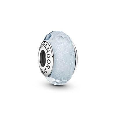 Шарм «Белое мурано с флуоресцентом»