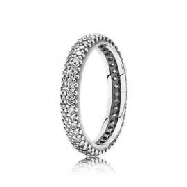 Кольцо «Классическое в камнях»